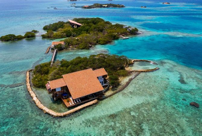 Car007 - Majestic villa in the amazing isla del rosario