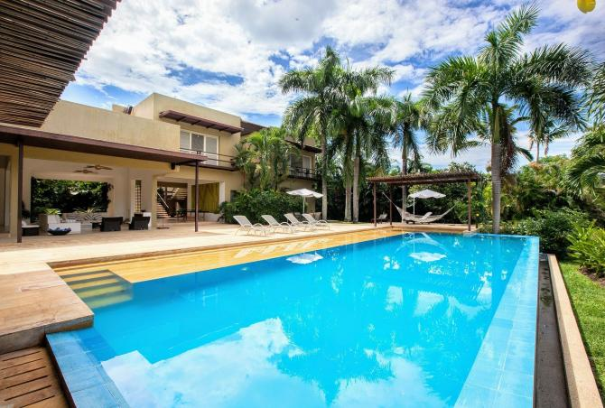 Anp001 - Exclusive villa with large pool in Anapoima