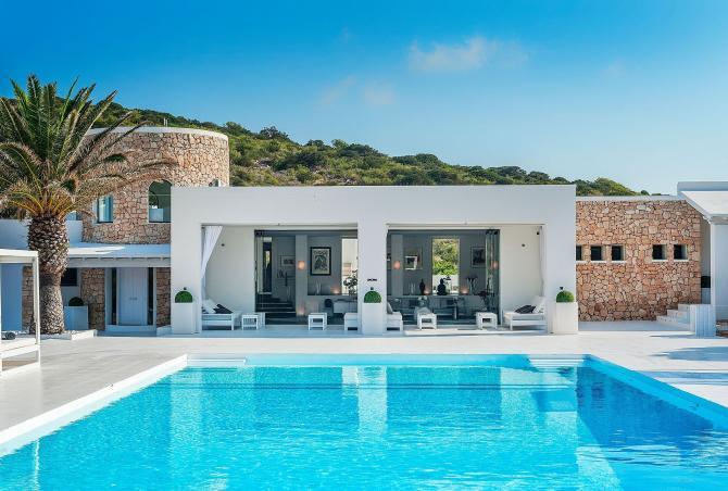 Ibi001 - Luxury private island in Ibiza
