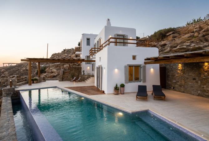 A brief history about Mykonos